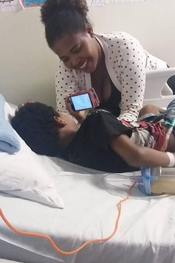Deisy e Brenno no Hospital das Clínicas
