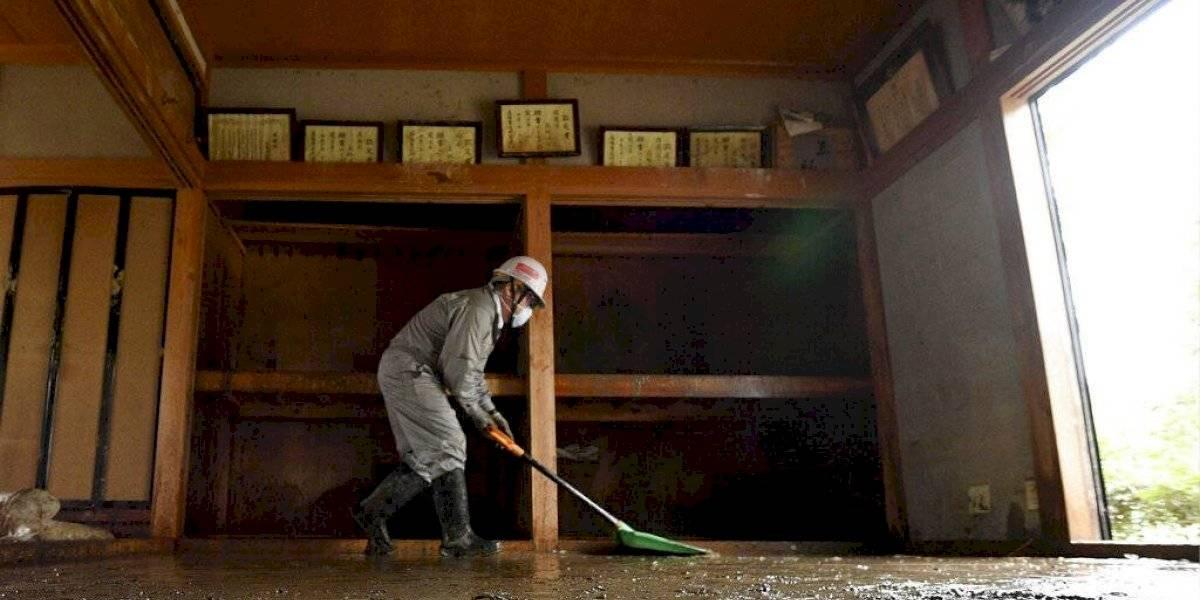 Japón se prepara para recibir más tormentas tras el tifón
