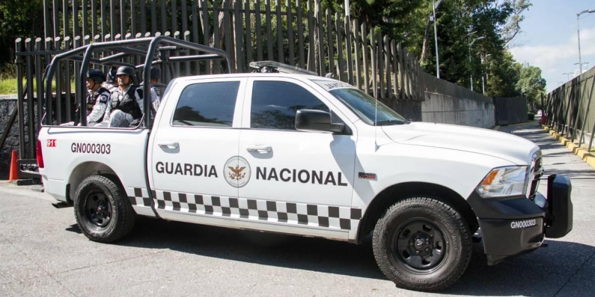 """México y EU acuerdan """"sellar sus fronteras"""" contra tráfico de armas"""