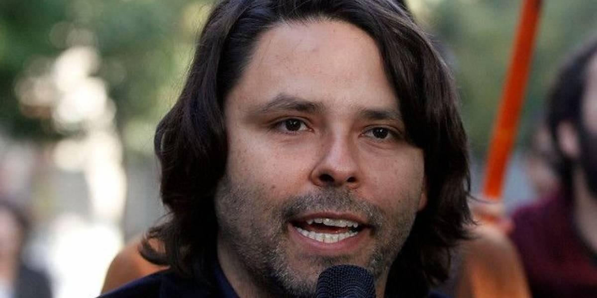 """Alberto Mayol: """"Frente a la necesidad de transformación...en redes sociales hay un desorden de argumentaciones"""""""