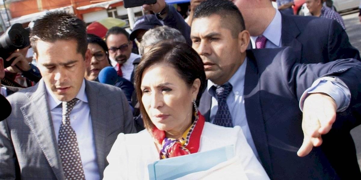 Insistirá FGR en que Robles enfrente proceso en prisión