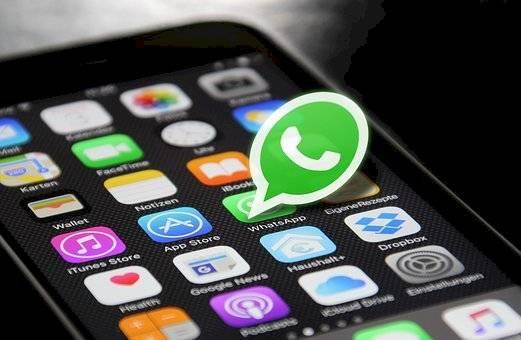 Así es que puedes colocar WhatsApp en modo oscuro y en cualquier móvil