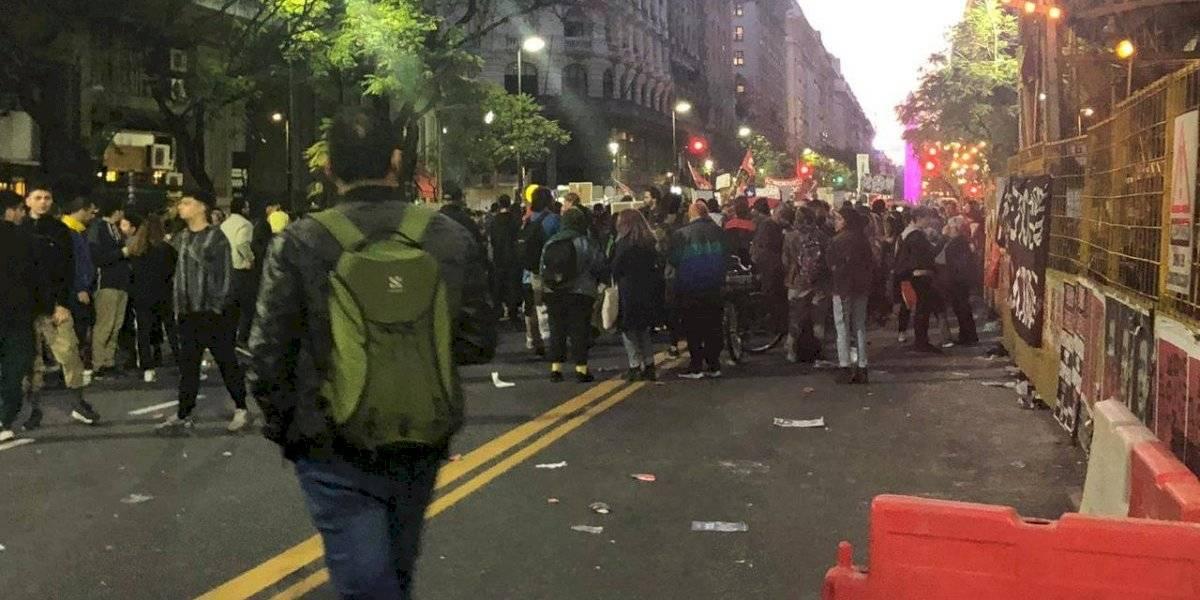 """Exportamos la """"guerra"""": manifestaciones por el mundo en apoyo a estallido social en Chile"""