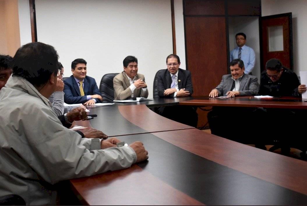 FUT analizará posibilidad de suspender movilización del 30 de octubre