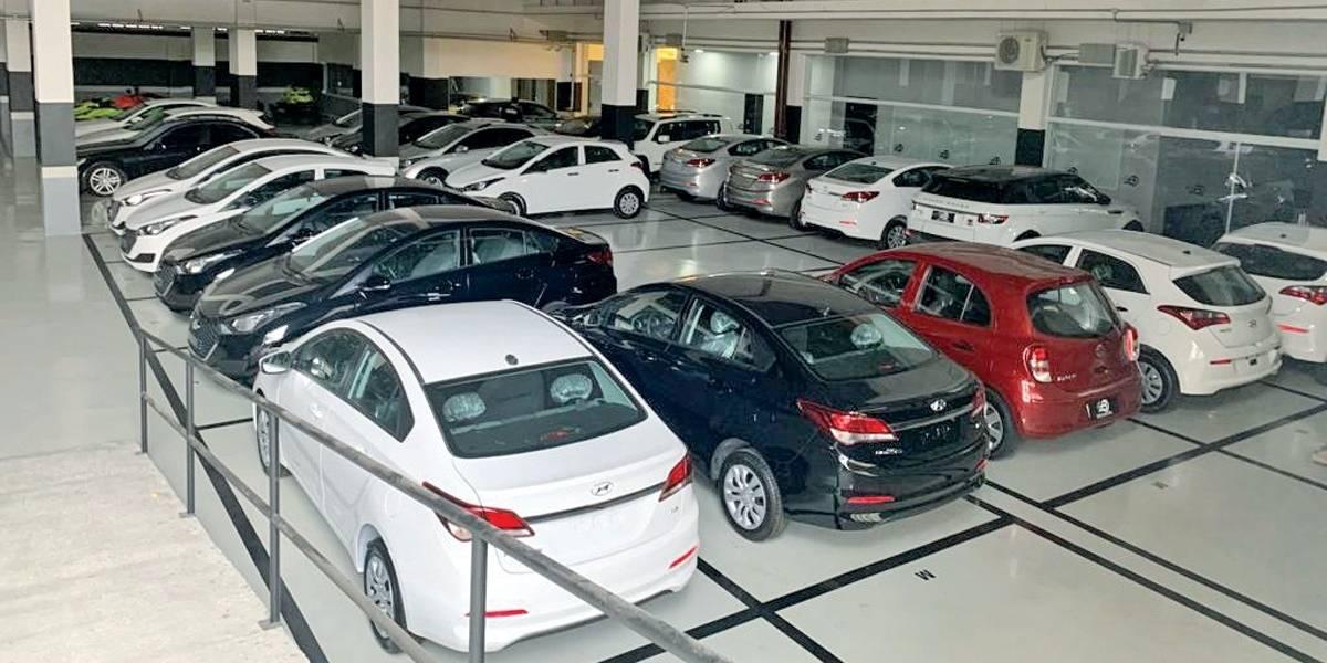 Polícia apreende 50 carros de bando que fraudava empréstimo