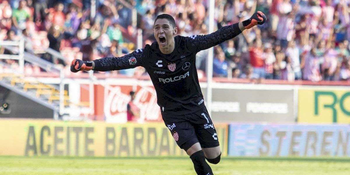 Peláez ya planea refuerzos de Chivas: González sería el primero