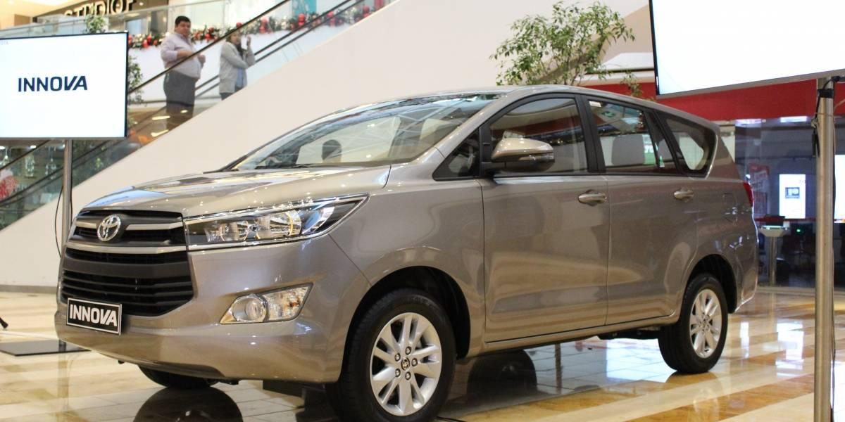 INNOVA, el vehículo familiar para ocho personas que ofrece confort y seguridad