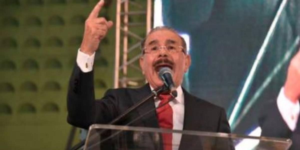 Medina entra enérgico a conflicto Leonel y PLD