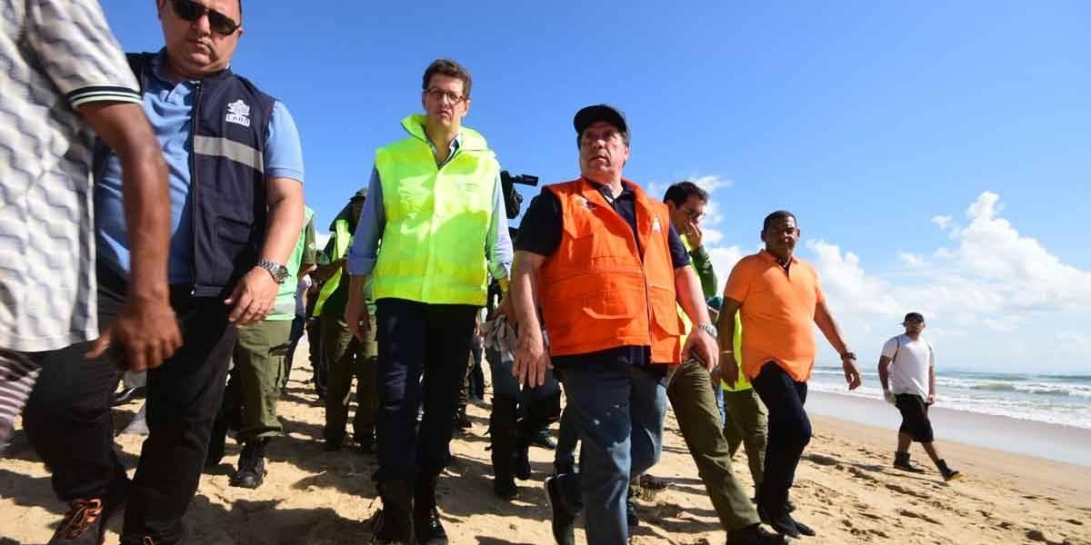 Ministro do Meio Ambiente só acionou plano 41 dias após desastre no Nordeste, diz ofício