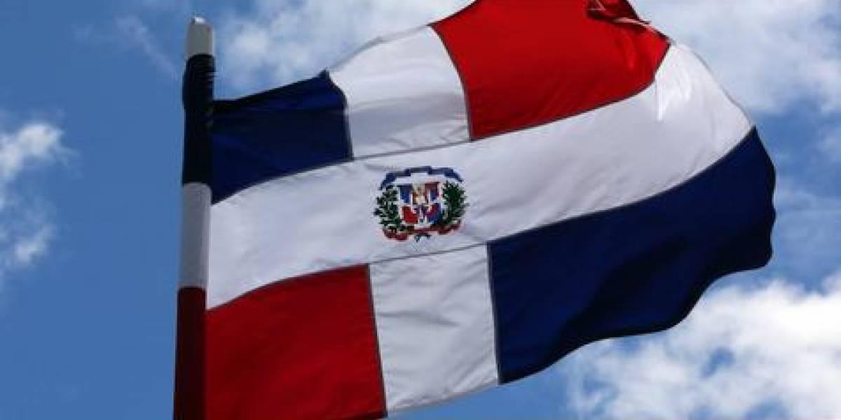 Reafirman compromiso con el uso correcto de bandera y símbolos patrios