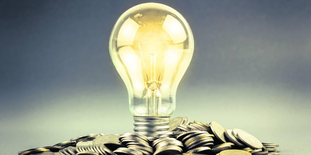 Pisan y no arrancan los planes de eficiencia energética en la AEE