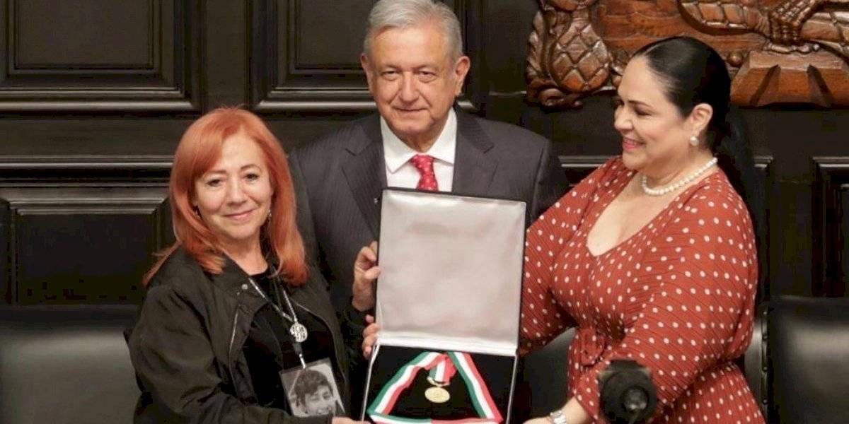 Rosario Ibarra deja su medalla Belisario Domínguez a AMLO hasta que haya justicia