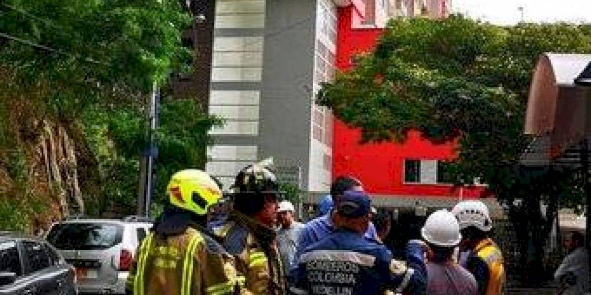 Evacúan un edificio en Medellín por una falla en su estructura
