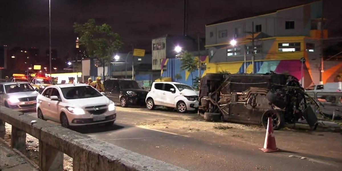 Sem CNH, motorista de 18 anos em carro de luxo mata motociclista na radial Leste