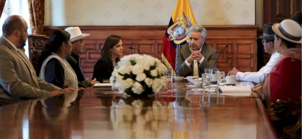 Dirigentes de la Fenocin y Lenín Moreno