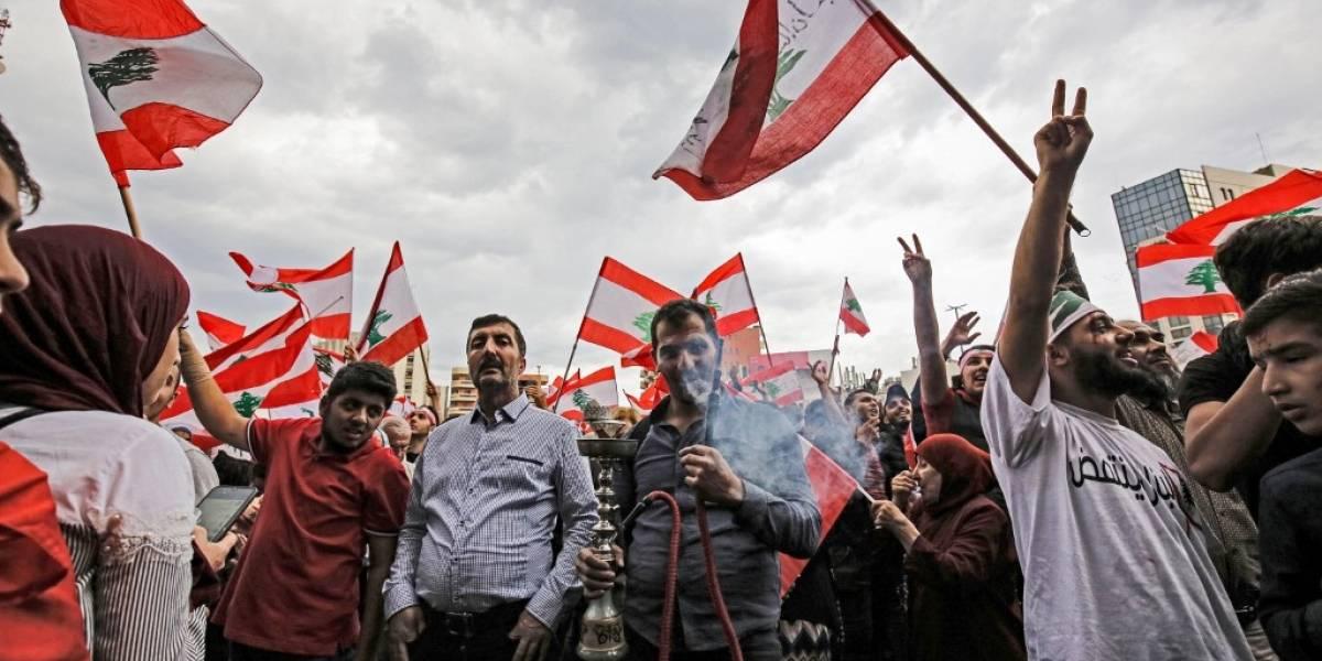 Video: Aumentan las multitudinarias protestas en el Líbano