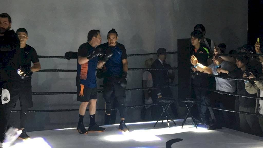 Chávez convivió con el piloto inglés, quien reconoció su admiración por el ex boxeador  SERGIO MELÉNDEZ