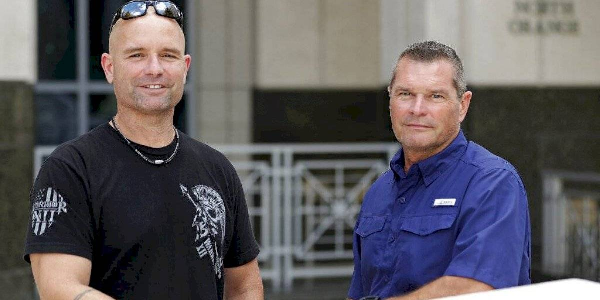 Prueba de ADN reúne policías medios hermanos en Florida