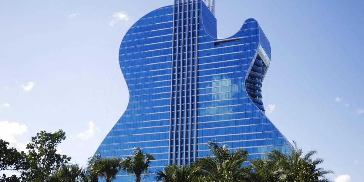 Hard Rock inaugura hotel con forma de guitarra