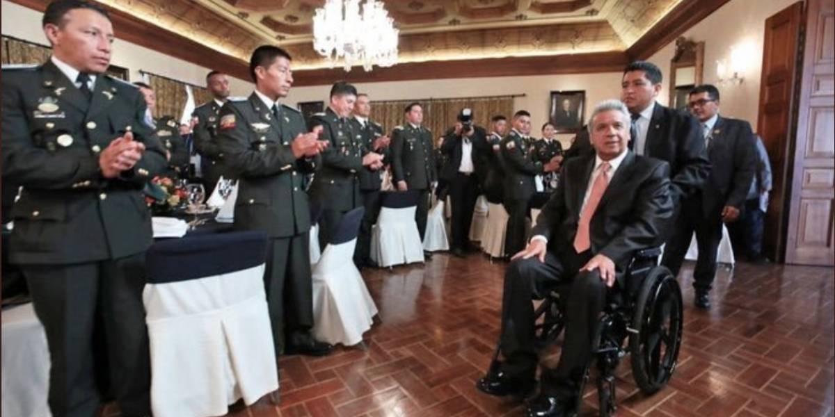 Lenín Moreno homenajeó en Carondelet a los policías agredidos en las protestas