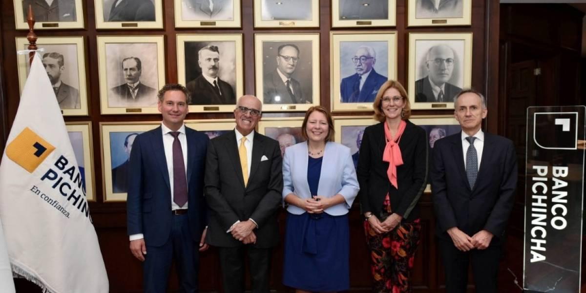 Banco Pichincha y Rabobank unen esfuerzos para potenciar el desarrollo rural y agrícola en Ecuador