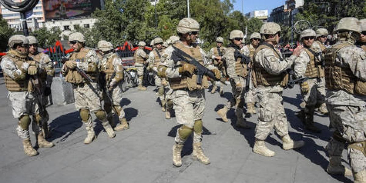 Fusiles contra cacerolas: muertes y querellas por torturas en Chile