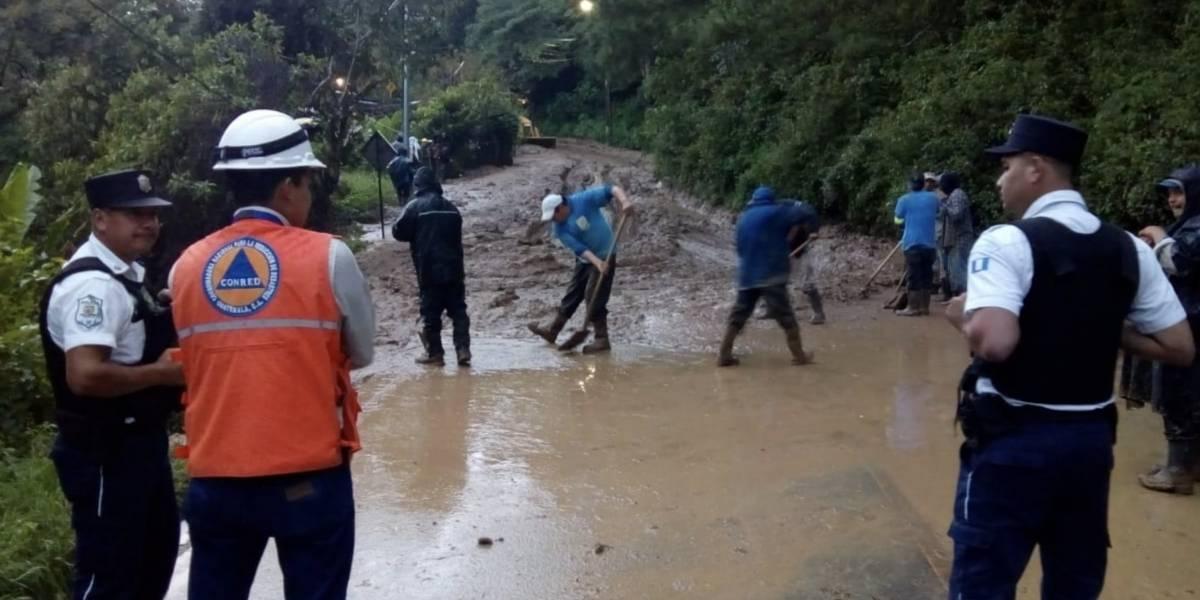 Más de 500 personas afectadas por derrumbes en la capital y Santa Catarina Pinula
