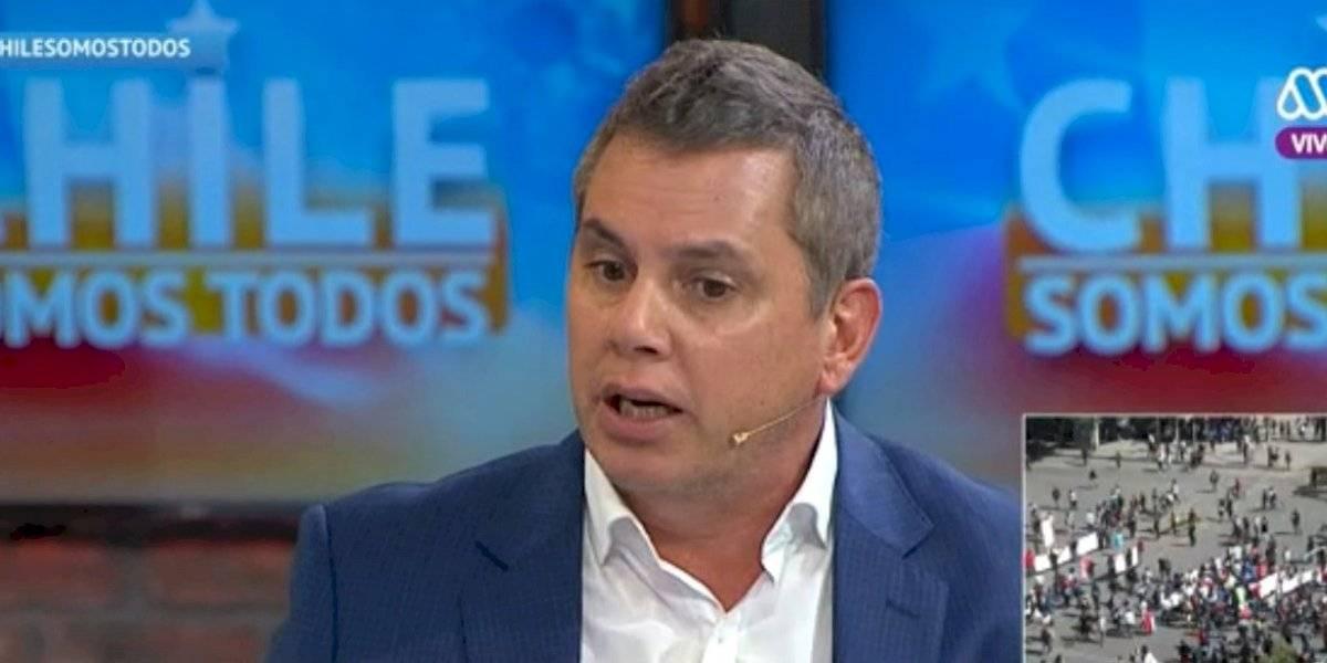 """""""Parezco paté"""": el lamento de José Miguel Viñuela tras subir 12 kilos durante el estallido social"""