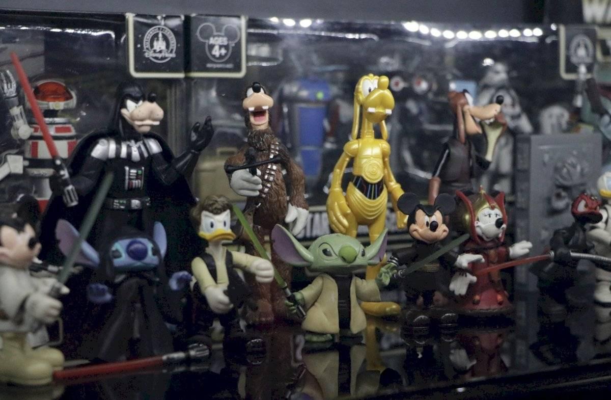 Personajes de Disney caracterizados como los protagonistas de Star Wars Foto de Axel Amézquita