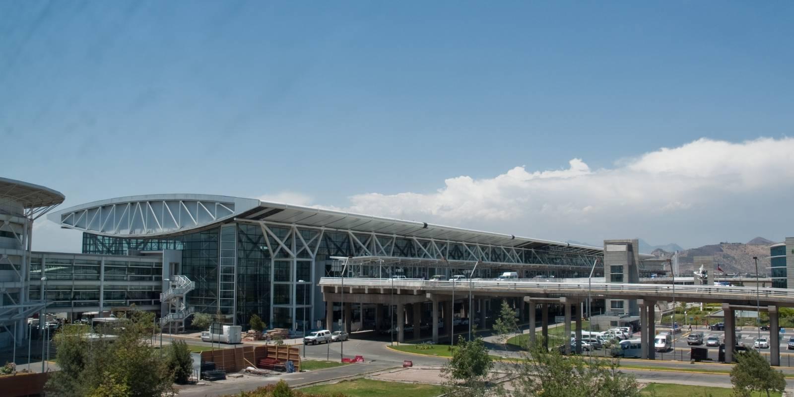 Resultado de imagen para aeropuerto santiago de chile