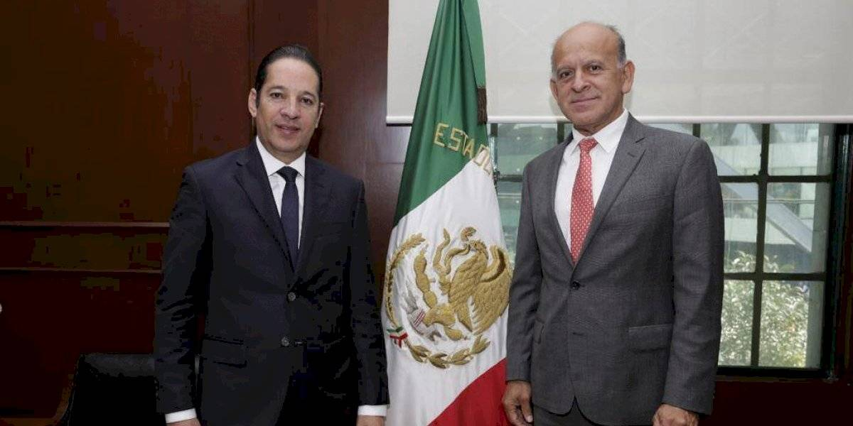 Acuerdan Querétaro y Seguro Popular mejorar cobertura y atención en salud