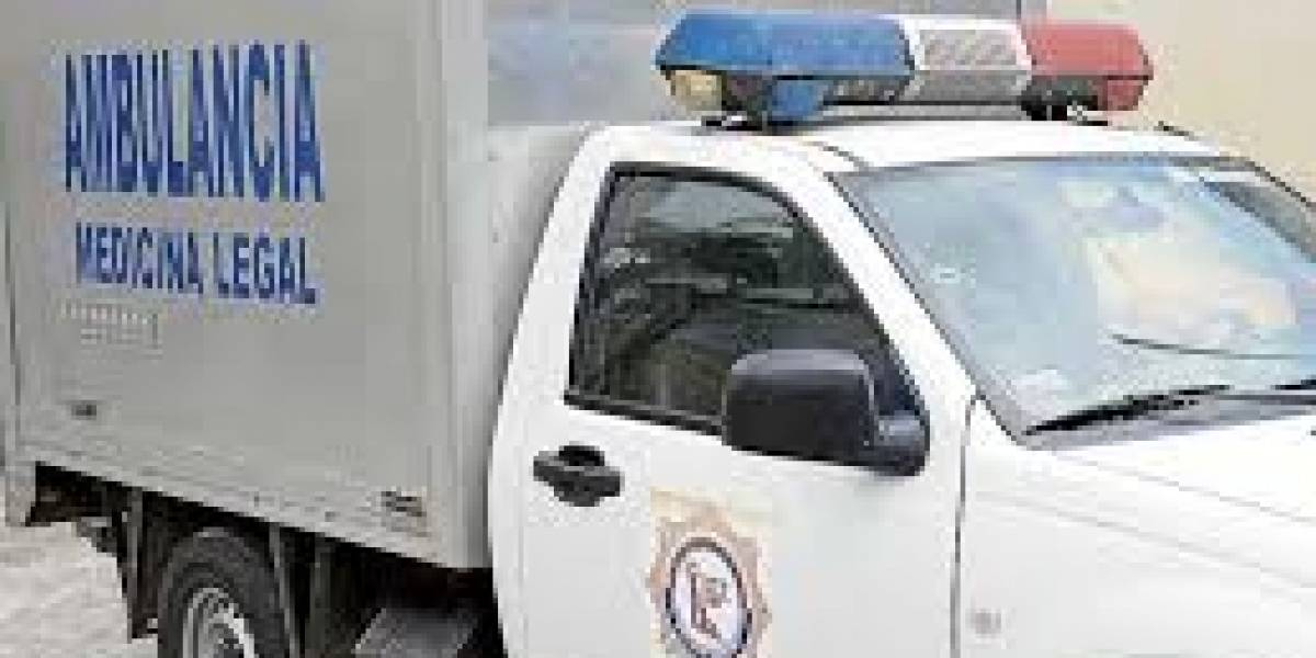 Hombre murió al lanzarse desde el sexto piso de un hospital en Quito