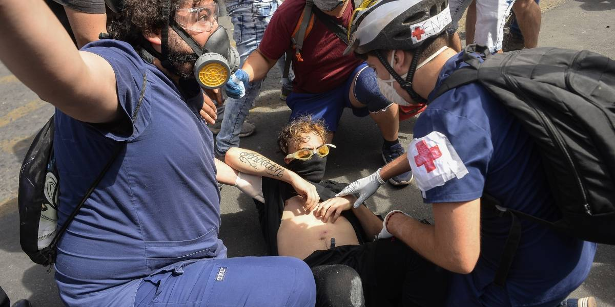 Gobierno confirma nueva víctima fatal: suben a 19 los fallecidos en las protestas de Chile