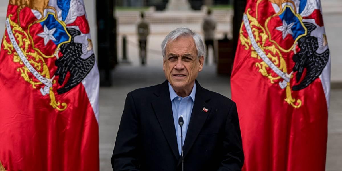 Presidente de Chile pide a todos sus ministros poner sus cargos a disposición