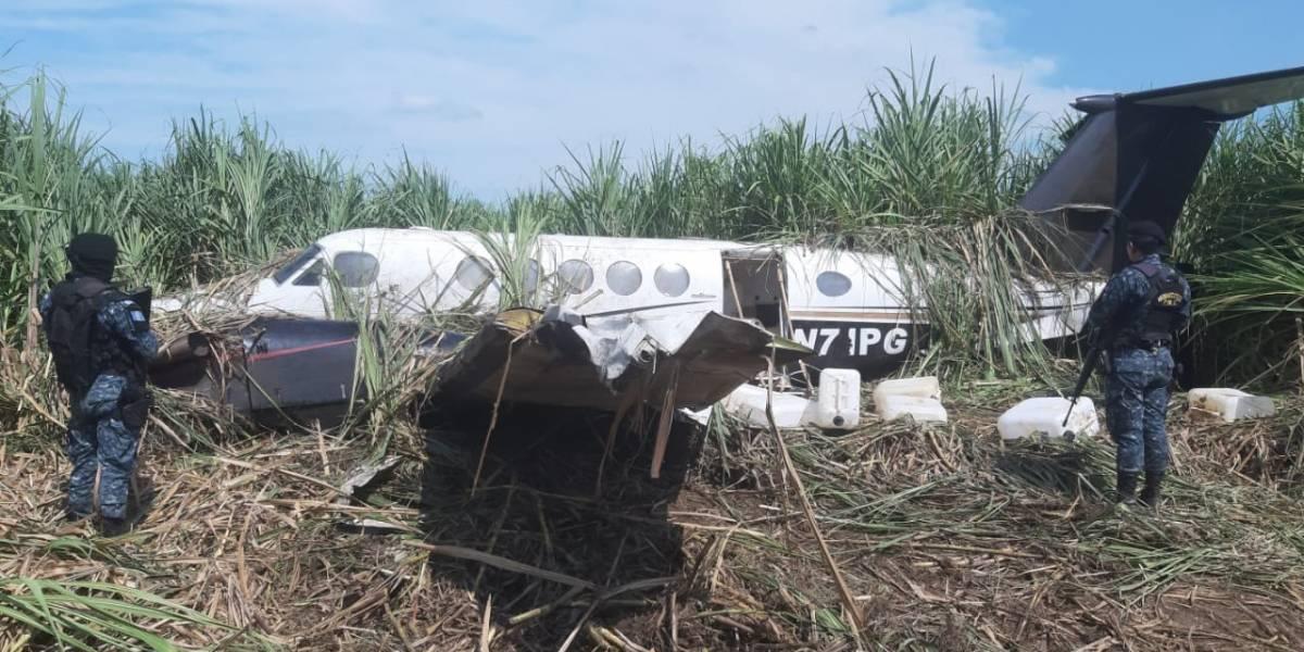 Piloto aviador del Ejército es capturado por sustraer equipo de narcoavioneta
