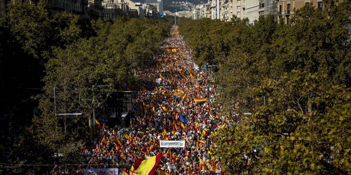 Miles marchan en Barcelona en contra de separarse de España