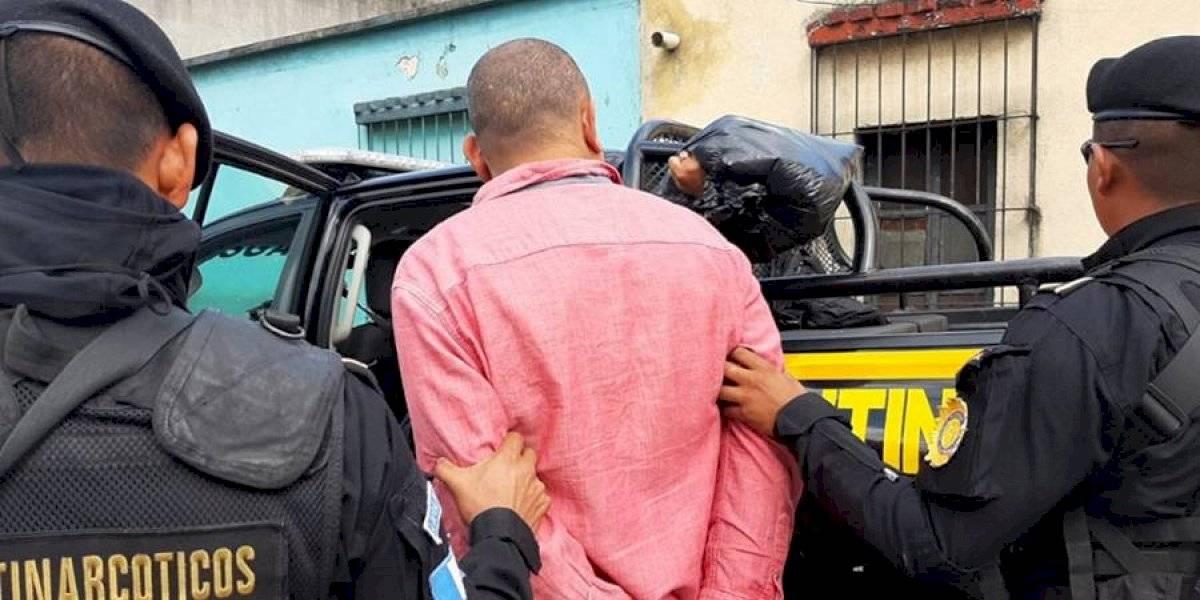VIDEO. Presunto narcotraficante con pedido de extradición a EE. UU. es capturado en zona 1