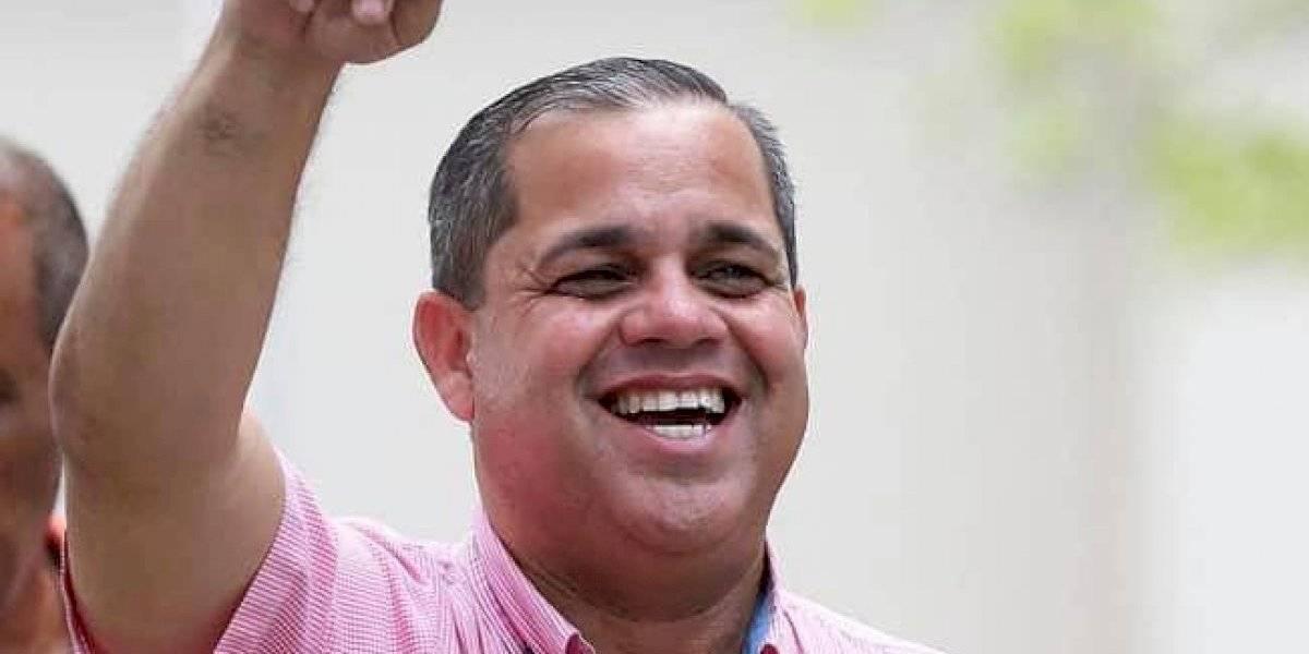 Candidato a alcaldía de Humacao demanda a dos exempleados