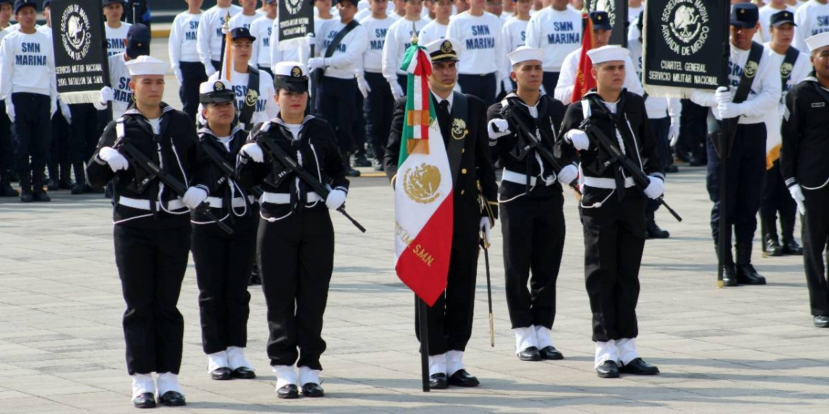 Va PT por servicio militar obligatorio para mujeres
