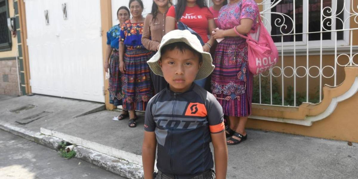VIDEO. La tierna narración de un niño retalteco en la Vuelta