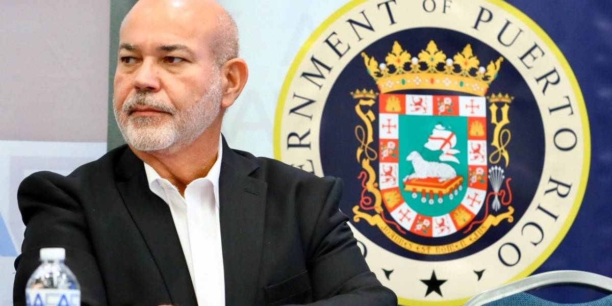 'Johnny' Méndez cita alcaldes al Capitolio para lidiar con crisis en los vertederos