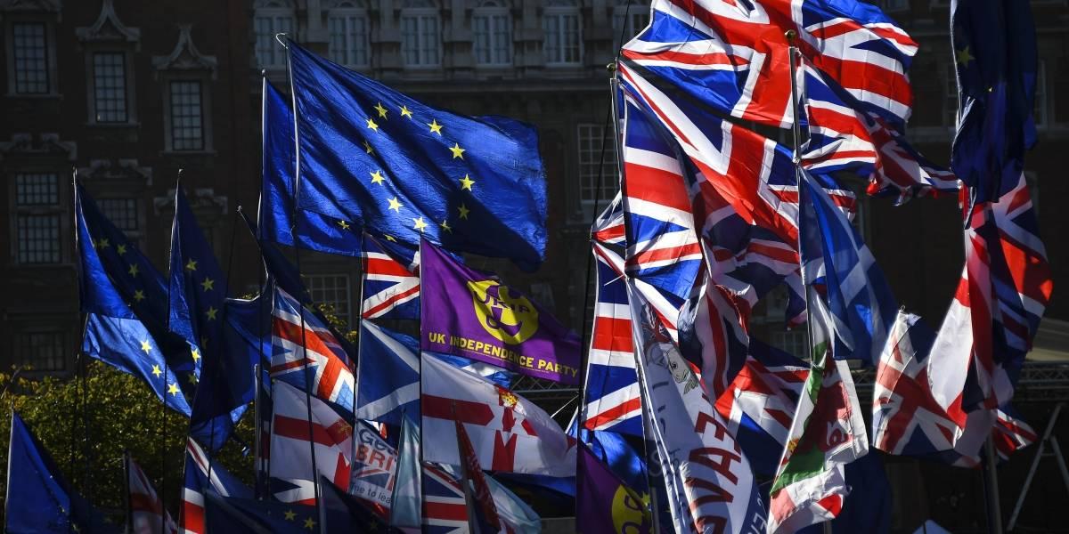 """Brexit: Reino Unido y UE logran acuerdo que parecía """"imposible"""""""