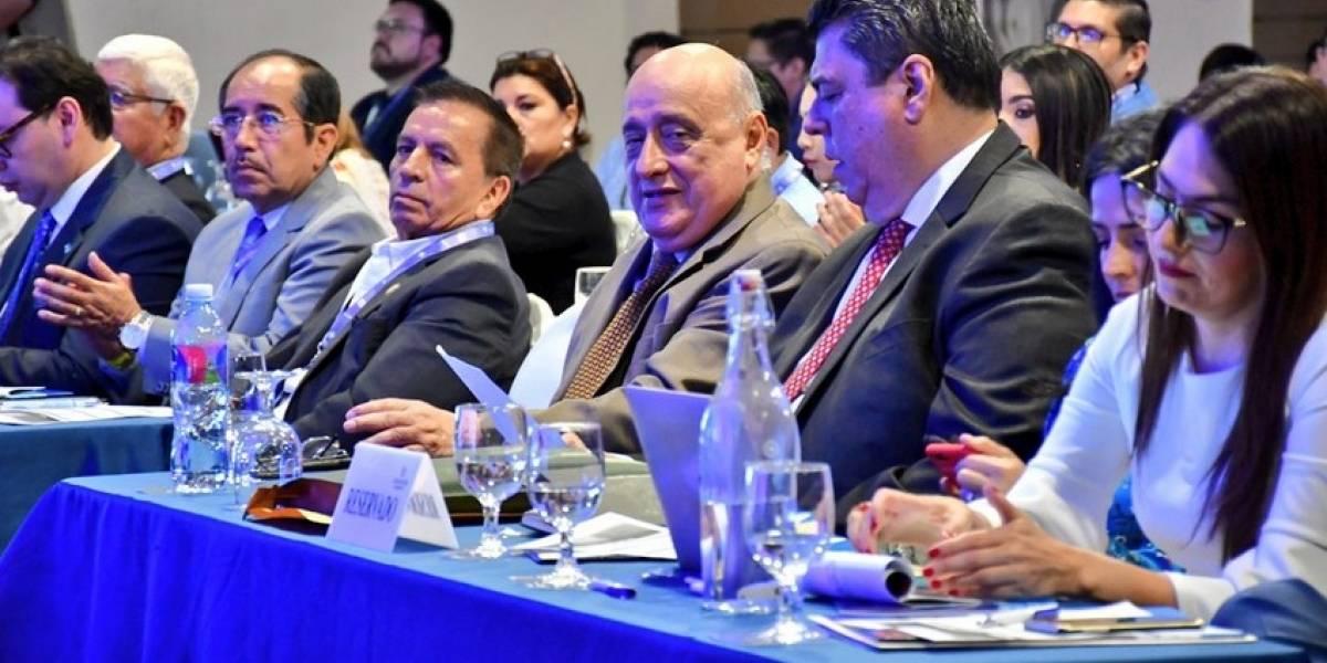AER realizó seminario 'Ecuador 2020', en Guayaquil