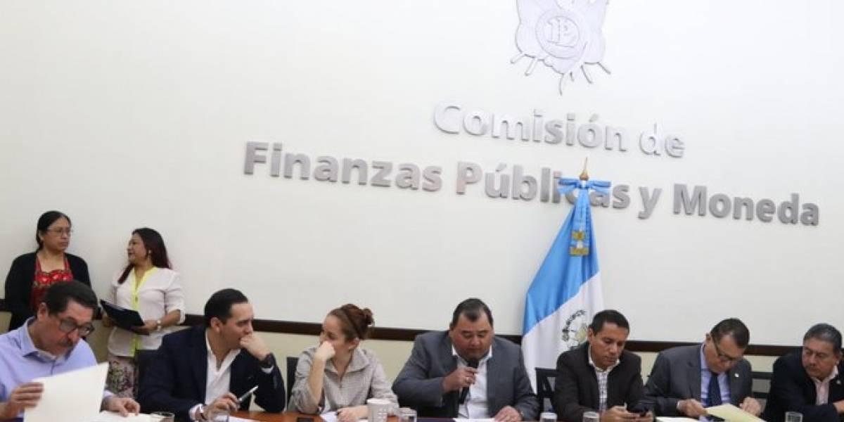 Comisión de Finanzas reduce Q2 mil millones al proyecto de presupuesto