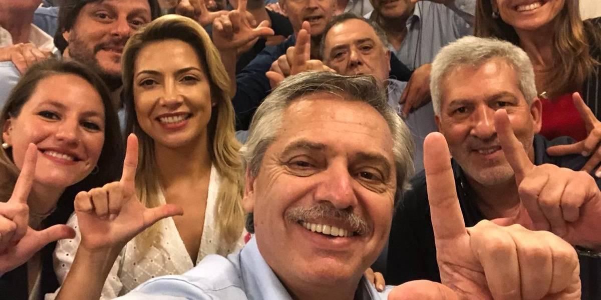 Gesto de 'Lula livre' de Fernández afronta democracia brasileira, diz Bolsonaro
