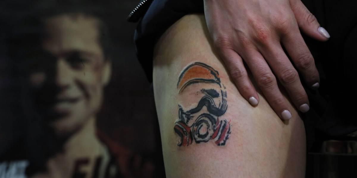 El tatuaje de los manifestantes en Hong Kong