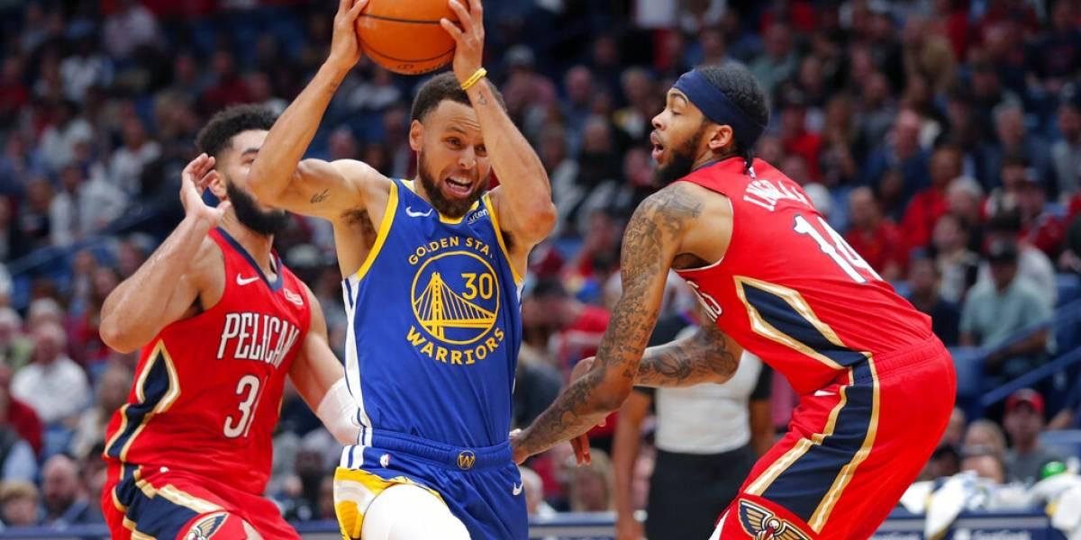 Warriors consiguen su primera victoria al vencer a los Pelicans