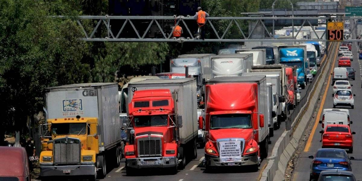 Recomienda AMLO a transportistas no afectar a terceros; atenderá demandas