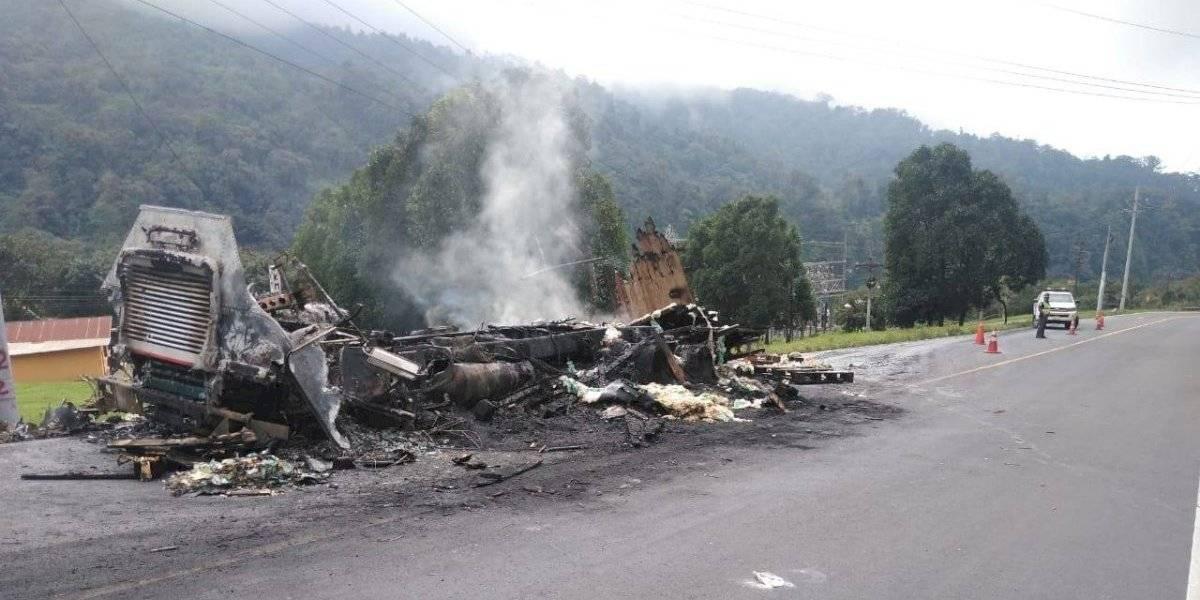 Camión con azúcar se incendia en ruta Cito Zarco