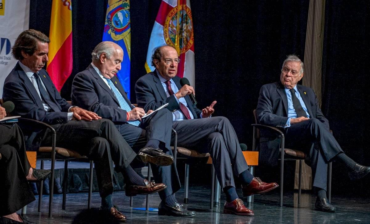 IV Diálogo Presidencial organizado por IDEA (Iniciativa Democrática de España y las Américas) y la Cátedra Mezerhane del Miami Dade Collerge (MDC)